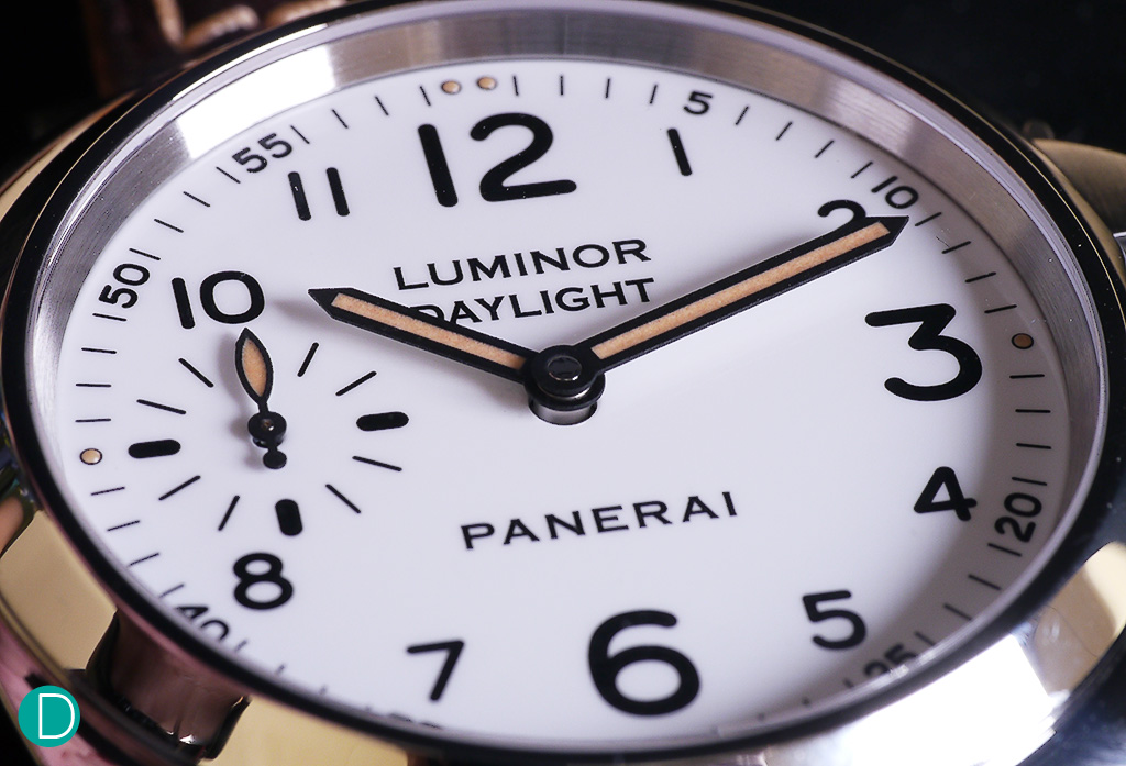 "The Luminor ""Daylight"" edition. The white dial and the ""vintage style"" lume gives this watch a great characteristic."