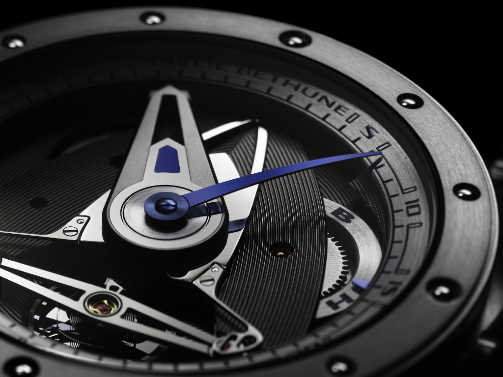 DeBethune_DB28_GS_closeup(Resized)