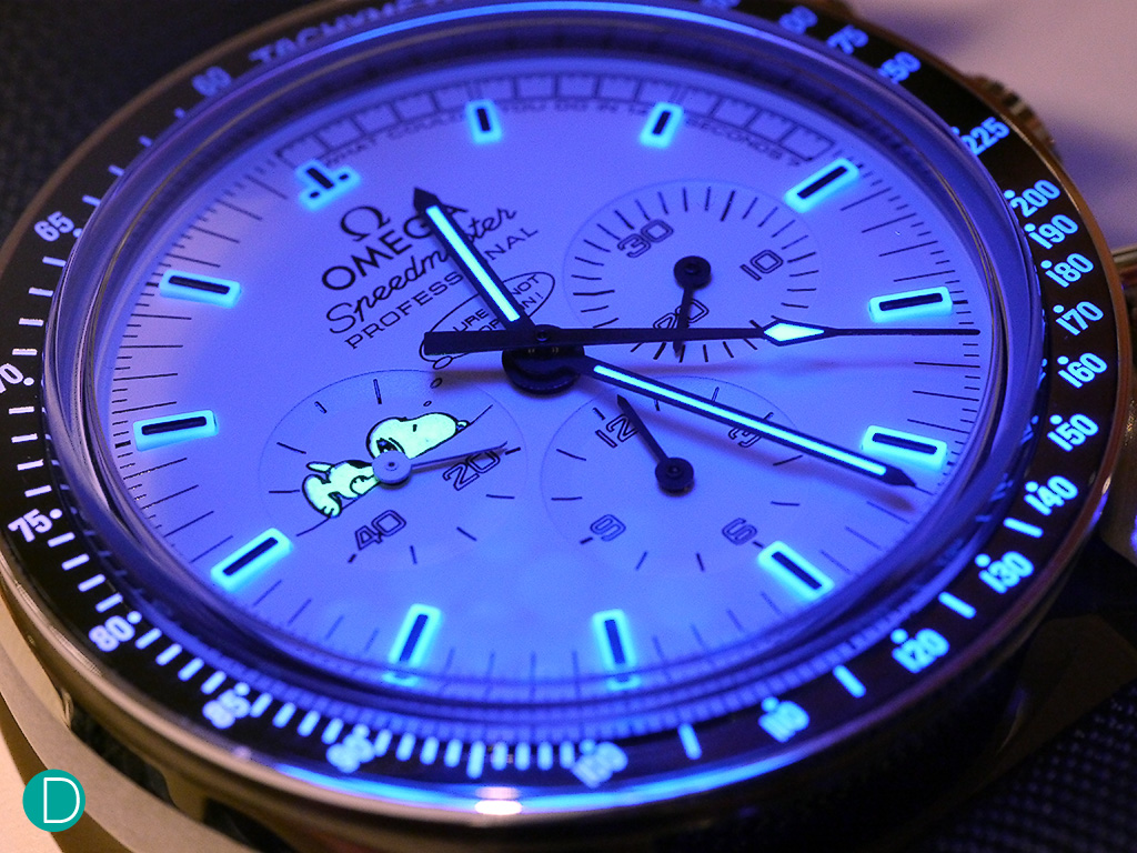 review of omega speedmaster apollo silver snoopy award from the lume on the snoopy speedmaster this one is done very nicely in our