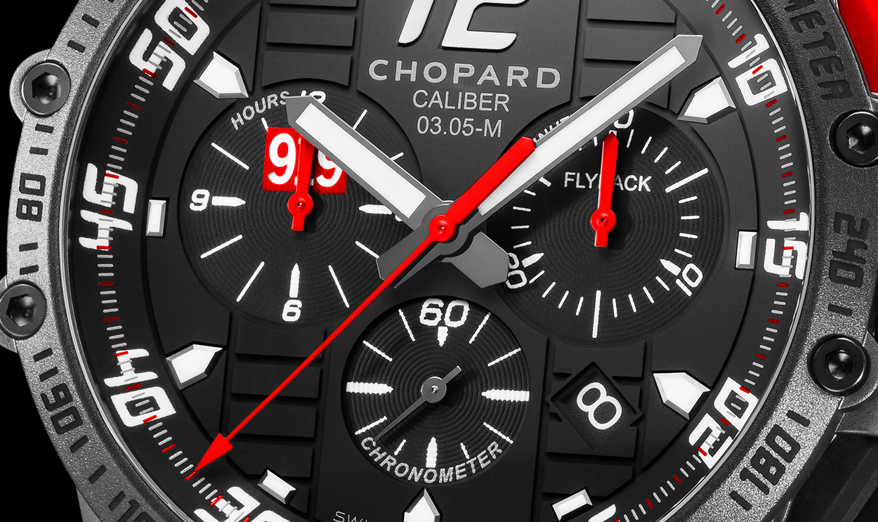 Some find the dial of the Chopard Superfast Chrono Porsche 919 Black Edition busy, I find it useful as a reference point for newcomers to the chronograph watch.