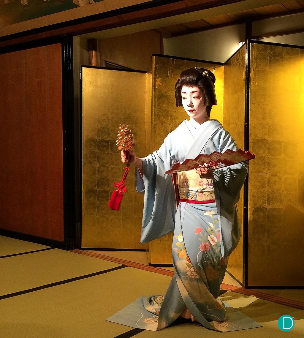 Traditional dance by a Geisha.
