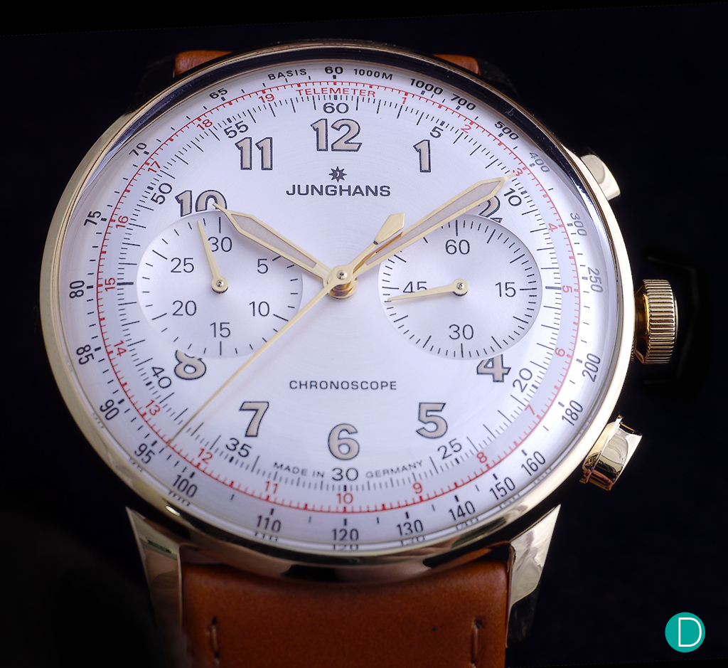 Another view of the magnificent case, dial and bombé plexiblass.