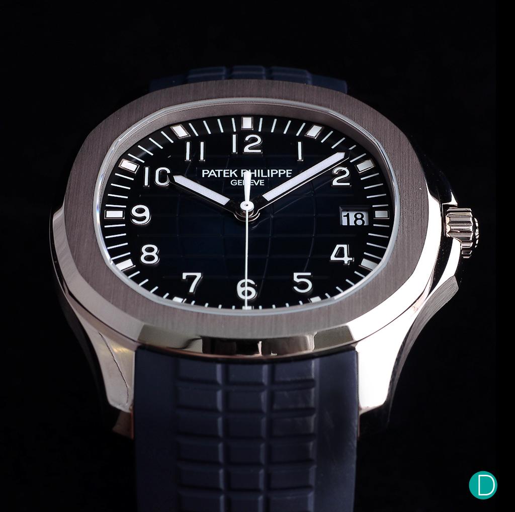 5f3870295b7 Review  Patek Philippe Aquanaut Ref. 5168G -